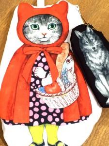 MELANTRICK HEMLIGHET メラントリックヘムライト 猫頭巾と狼の関係ポーチ