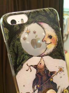 AnoNe アノーネ サーカスクマ iPhoneケース 装着イメージ