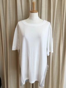 270ad11dfb7e412b3a9e9fe93f58e2811 225x300 【ara ara/アラアラ】4月30日のコーディネート☆The ラフスタイル~バックドレープワイドTシャツを着て~